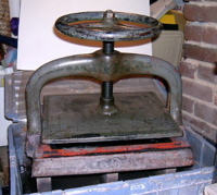 iron press image